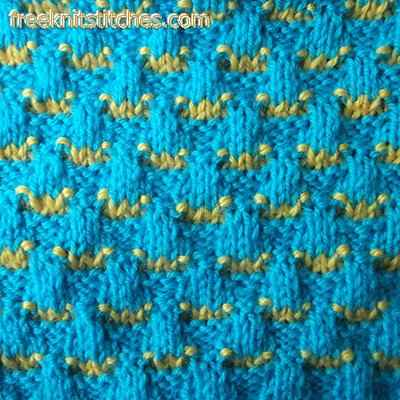 knitting with 2 colors Scales